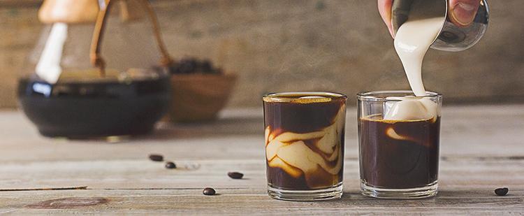 Így készül a vietnámi tojásos kávé
